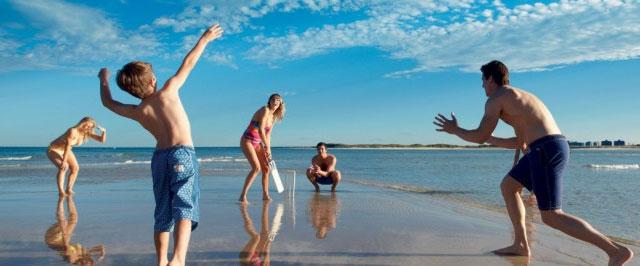 Sunshine Coast beach cricket