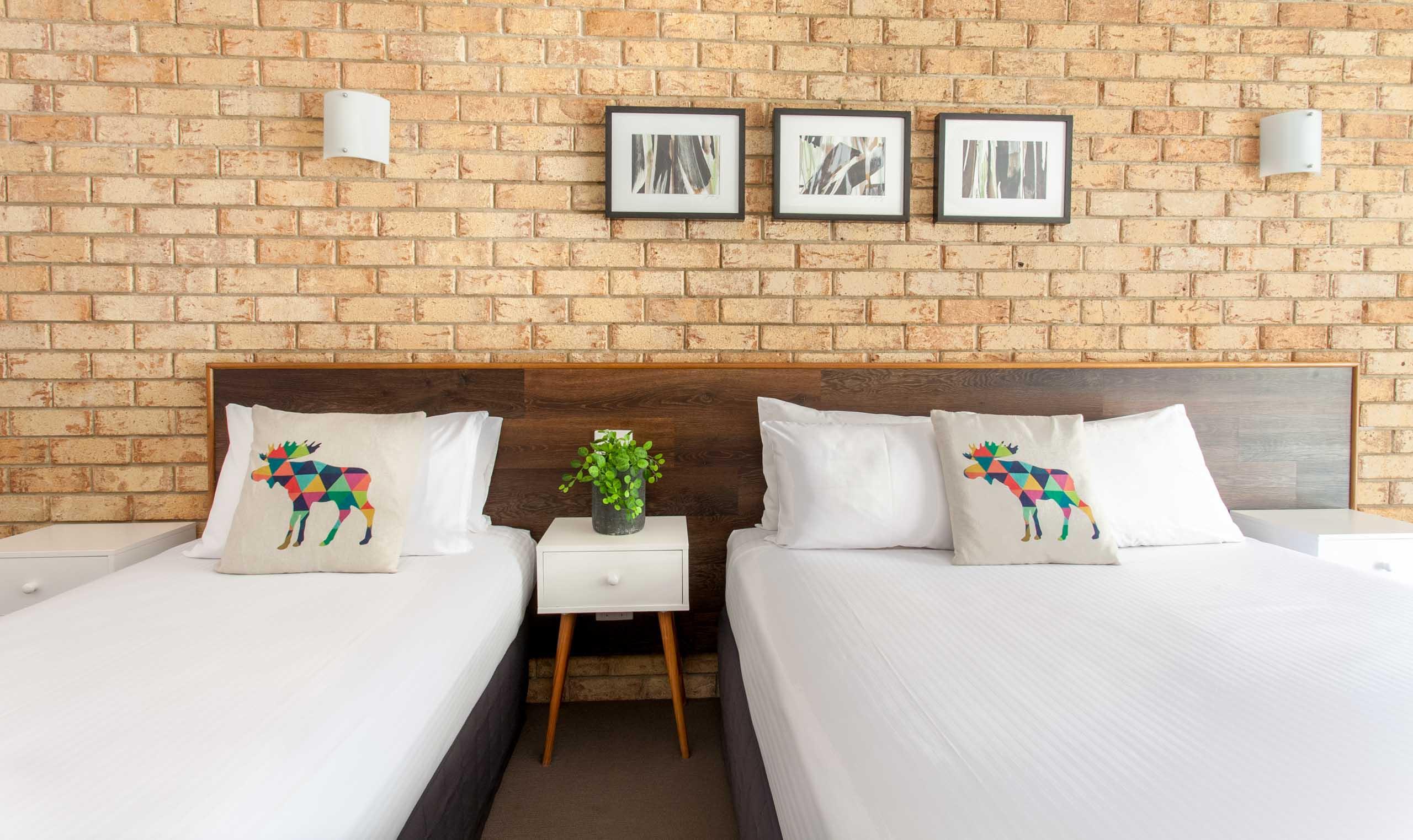 Sunshine Coast Motor Lodge Accommodation Signature Twin Share Unit